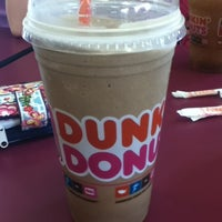 Photo taken at Dunkin Donuts by Robin D. on 8/21/2011