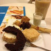 6/6/2012にDarwin C.がLove Dessertsで撮った写真