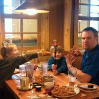 Photo taken at Camp Critter Bar & Grille at Great Wolf Lodge by Stevie J. on 12/21/2011