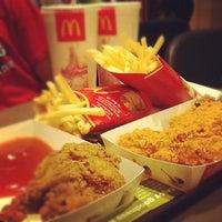 Photo taken at McDonald's & McCafé by Reko H. on 5/24/2012