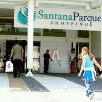Foto tirada no(a) Santana Parque Shopping por Bruna B. em 10/30/2011