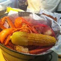 Photo taken at Joe's Crab Shack by Miss Sia on 7/16/2012