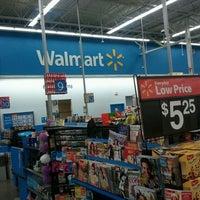 Photo taken at Walmart Supercenter by kia on 11/19/2011