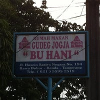 Photo taken at Gudeg Jogja Bu Hani by Jeffry H. on 3/18/2012