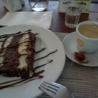 Foto scattata a Marjú Café Bistrô da Ronaldo S. il 6/22/2012