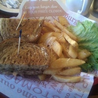 Photo taken at Red Robin Gourmet Burgers and Brews by Jeremy S. on 1/21/2012