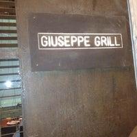Foto tirada no(a) Giuseppe Grill por Luis S. em 6/13/2012
