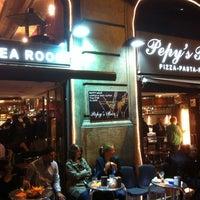 Foto tomada en Pepy's Bar por Manuel M. el 4/22/2011