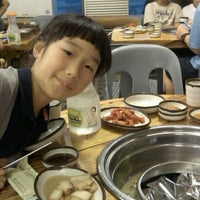 Photo taken at 온누리장작구이 by Hyun Kyung K. on 9/12/2011