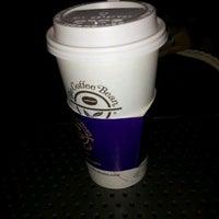 Photo taken at The Coffee Bean & Tea Leaf by @Nacron on 12/10/2011
