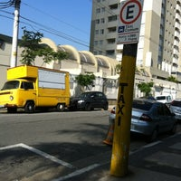 Photo taken at Ponto de Taxi by Max S. on 11/8/2011
