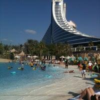 12/4/2011 tarihinde Raphael S.ziyaretçi tarafından Jumeirah Beach Hotel'de çekilen fotoğraf