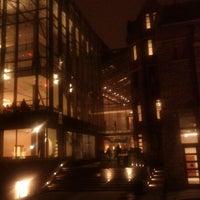 3/2/2012 tarihinde Randy W.ziyaretçi tarafından Royal Conservatory of Music'de çekilen fotoğraf