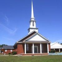 Photo taken at Ridglea Heights Baptist Church by Lenita L. on 12/11/2011