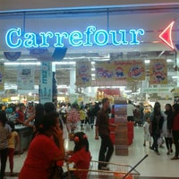 Photo taken at Transmart Carrefour by Arindra Y. on 1/4/2012