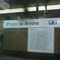 Foto tirada no(a) Estação Praça da Árvore (Metrô) por Douglas L. em 11/5/2011