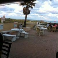 Das Foto wurde bei Ocean Point Beach Resort von Sheila P. am 3/14/2011 aufgenommen