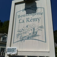 Photo taken at Boulangerie La Rémy by Kloé M. on 5/20/2012