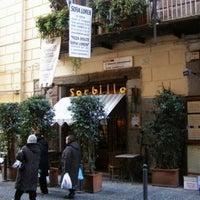 Foto scattata a Pizzeria Sorbillo da C'era una volta C. il 7/7/2012