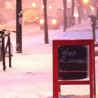Photo taken at Snowpocalypse 2011: Chicago Edition by Carmen G. on 2/5/2011