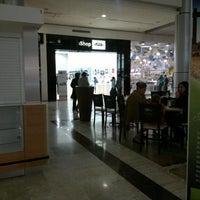 Photo taken at iShop Mixup by Rodrigo C. on 1/17/2012