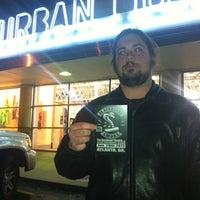 Photo prise au Urban Outfitters par PlayPro M. le1/26/2012