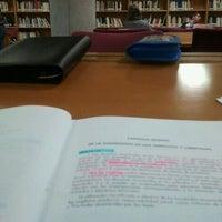 Foto diambil di Biblioteca General oleh Javier C. pada 10/24/2011