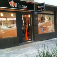 Photo taken at Vellísimo Center Condesa by Marls F. on 6/15/2011