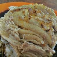 8/21/2011 tarihinde S.Y T.ziyaretçi tarafından Restaurant Mei Sin 美新茶餐室'de çekilen fotoğraf