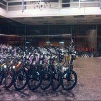 Photo taken at Bicicletas Vargas by Arnaldo V. on 12/20/2011