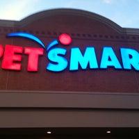 Foto scattata a PetSmart da Rob L. il 12/28/2010