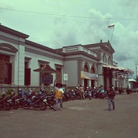 Photo taken at Stasiun Solo Jebres by R.r. Diany Indah P. on 12/10/2011
