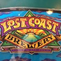 Foto diambil di Lost Coast Brewery oleh wes g. pada 9/4/2012