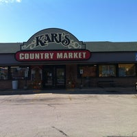 Photo taken at Karl's Country Market by Bob H. on 10/2/2011