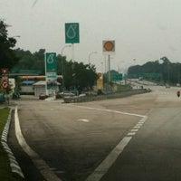 Photo taken at Shell Highway Plaza Bukit Raja by Argonian D. on 9/25/2011