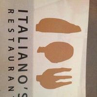 Photo prise au Italiano's Restaurant par Cole G. le4/30/2012