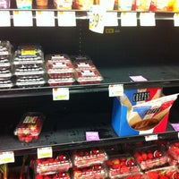 Photo taken at Hannaford Supermarket by Tom on 8/13/2011