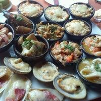Photo taken at Restaurant La Olla by Manuel W. on 1/10/2012