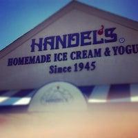 Photo taken at Handel's Homemade Ice Cream & Yogurt by Gabe C. on 6/13/2012