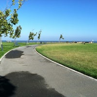 Photo taken at Victoria Park by Ritchel E. on 8/30/2012