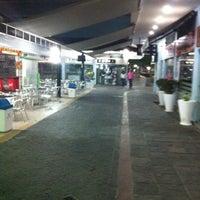 Foto tirada no(a) Shopping Millennium por Rodrigo S. em 7/29/2012