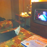 Photo taken at Econo Lodge by Wendy on 8/30/2011