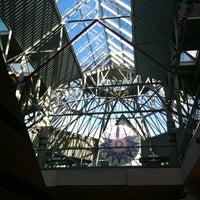 รูปภาพถ่ายที่ York Galleria Mall โดย Joe เมื่อ 1/8/2011