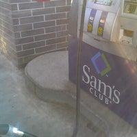 Снимок сделан в Sam's Club пользователем MsTricey_ 1. 2/3/2012
