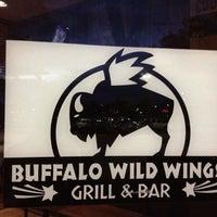Photo taken at Buffalo Wild Wings by Jhonv on 7/14/2012