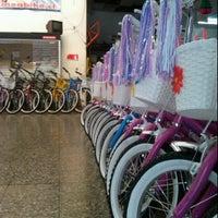 Photo taken at Bicicletas Vargas by Arnaldo V. on 12/18/2011