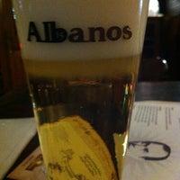 Foto tirada no(a) Choperia Albanos por Aninha B. em 7/10/2012