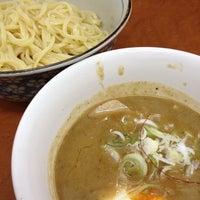 Photo taken at 麺屋しらかわ by hiroshi n. on 7/14/2012