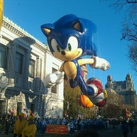 Photo taken at Macy's Thanksgiving Day Parade by Stephen L. on 12/5/2011