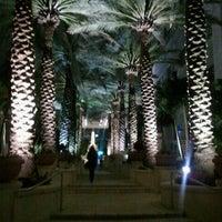 Foto scattata a Loews Miami Beach Hotel da Melissa H. il 12/2/2011